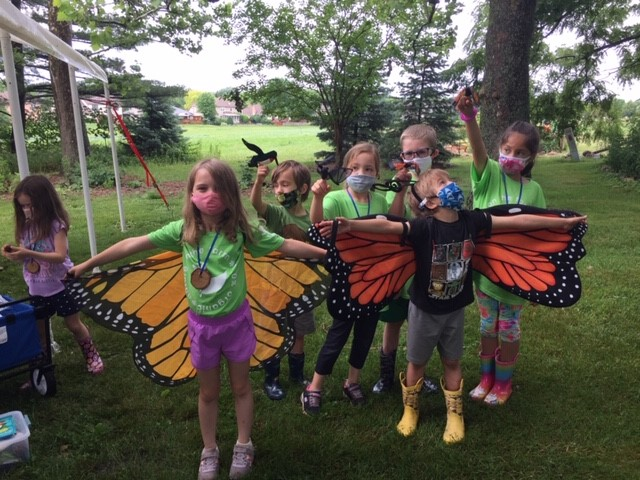 kids dressed as butterflies picture
